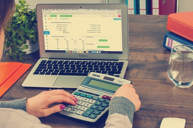 Types of Online Courses in Tax Accounting
